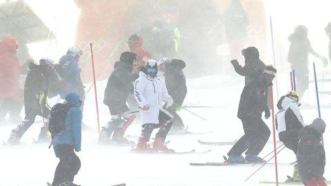 Rinviato anche lo slalom olimpico femminile